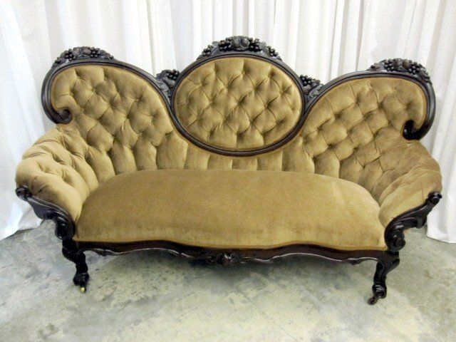 Antique victorian furniture styles antique victorian style medallion button tuck sofa couch Antique loveseat styles