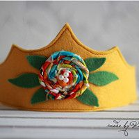 Felt Crowns for Kids #butterfly #crown #felt #girls #kids #name #photo prop #KashKi