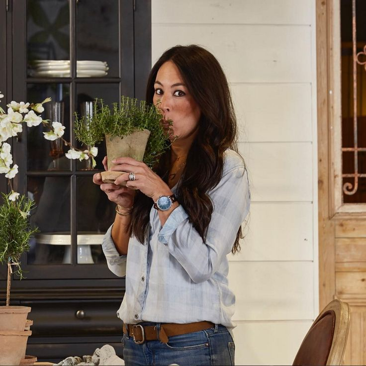 Joanna Gaines's Spring-Cleaning Tips Are a Game Changer