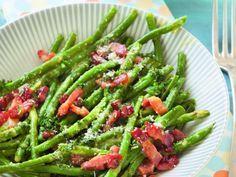 haricot vert, lardons, ail, oeuf, crême fraîche, parmesan râpé, beurre, sel, poivre