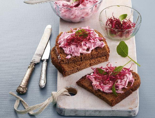 Céklás-almás saláta sajtkrémmel Recept képpel - Mindmegette.hu - Receptek