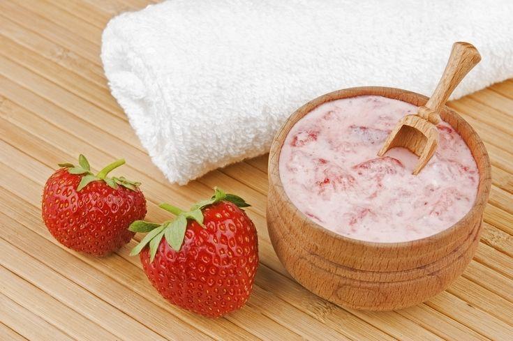 come-fare-peeling-viso-casa-ingredienti-naturali (1)