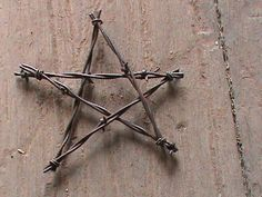 Image result for craft ideas with rusty barbwire