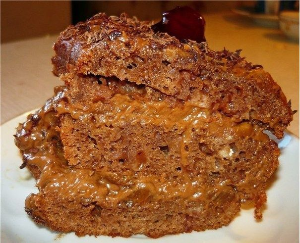Торт получается необыкновенно вкусным, несмотря на простоту в приготовлении