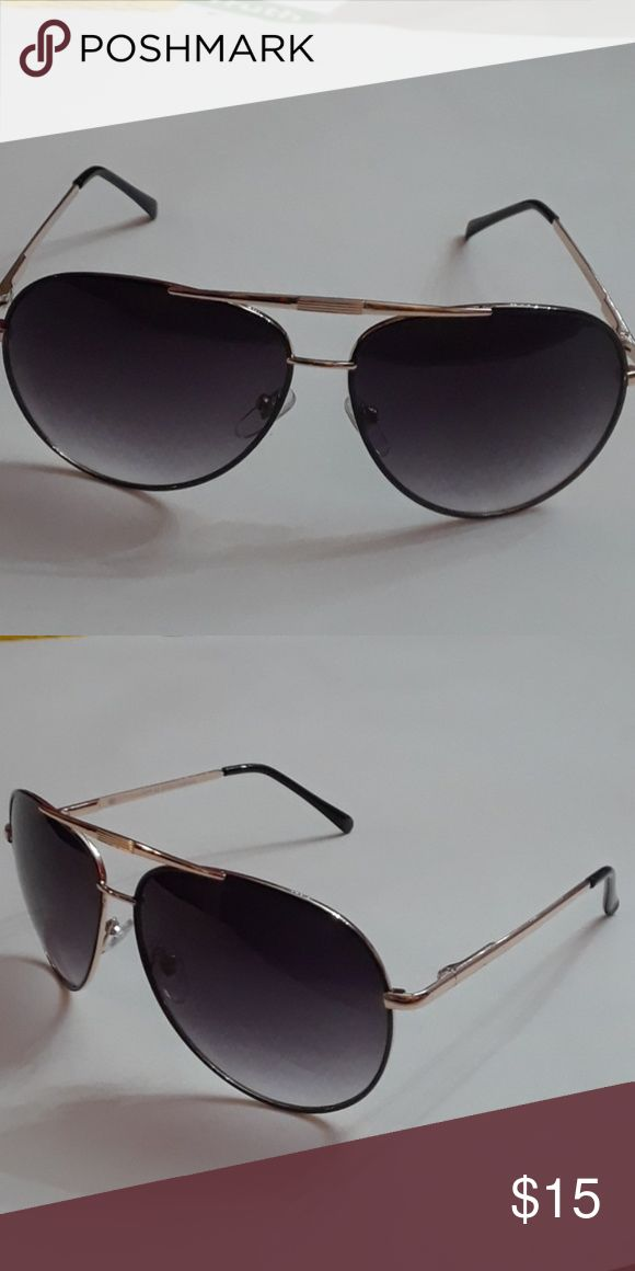 Oversized Aviator Sunglasses NWOT Oversized Aviators. Gold frame with smoke lenses. 100% UV protection. -Distortion free lenses. Accessories Sunglasses