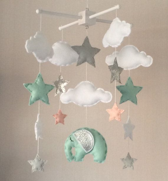 Baby mobiel  Cot mobile  wolken sterren en olifant  Cloud