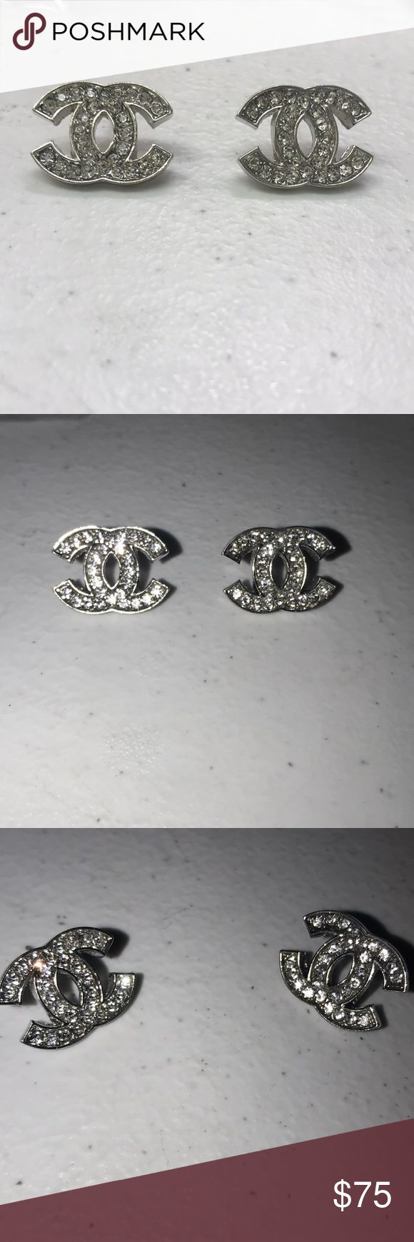 Chanel earrings Cc silver Chanel earrings Jewelry Earrings