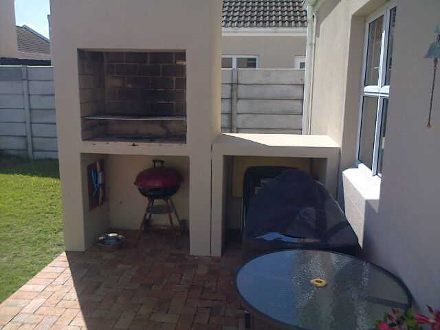 built-in-barbeque