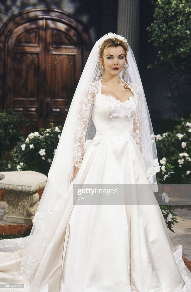 News Photo Lives Carrie Brady And Austin Reed 1st In 2020 Tv Weddings Days Of Our Lives Wedding Styles
