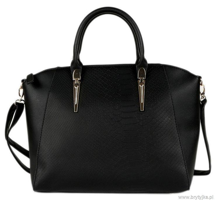 Black Primark handbag snake leather http://www.brytyjka.pl/czarna-torebka-kuferek-skora-weza-a4-id-530.html