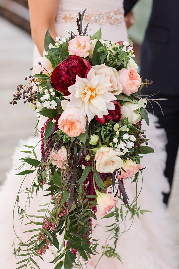Букет для невысокой невесты фотографии, недорого цветами
