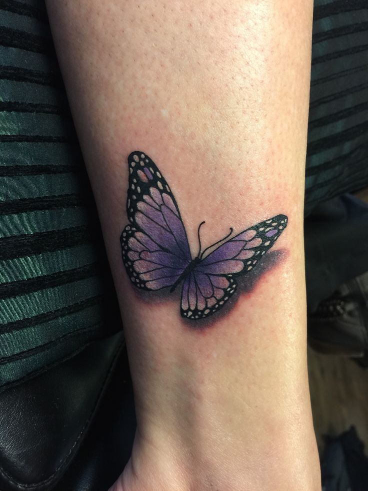 Fun little butterfly #tattoo #tatt #ink #butterflytattoo #colortattoo http://www.swallowink.nl