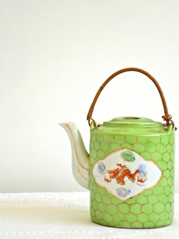 LOVE ! LOVE ! LOVE!!! vintage asian teapot hand painted made in japan | athenastudio