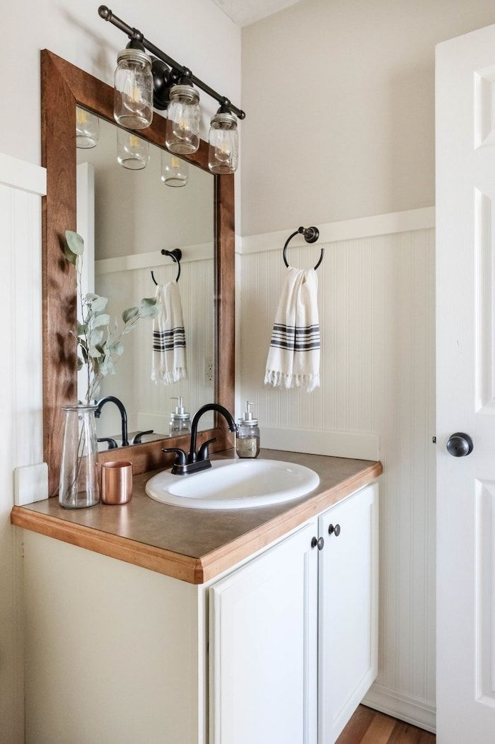 9 Farmhouse Bathrooms We Re Obsessed With Budget Bathroom