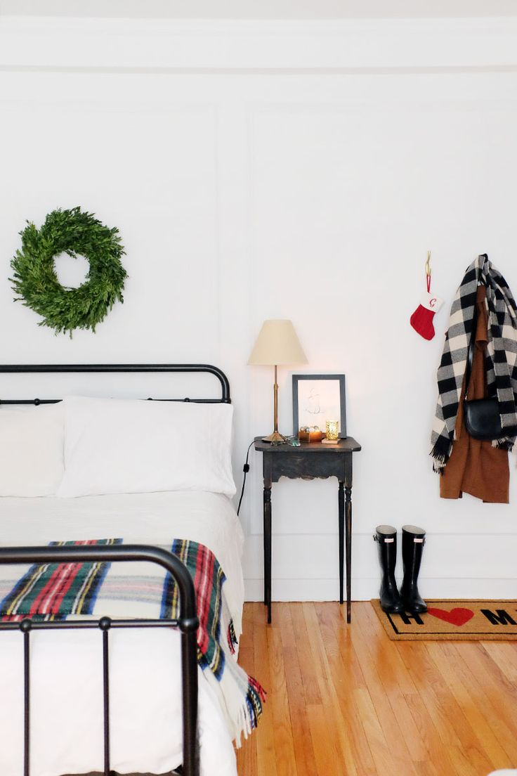 I Decorated My Studio Apartment for the Holidays with Just $100 | The Everygirl