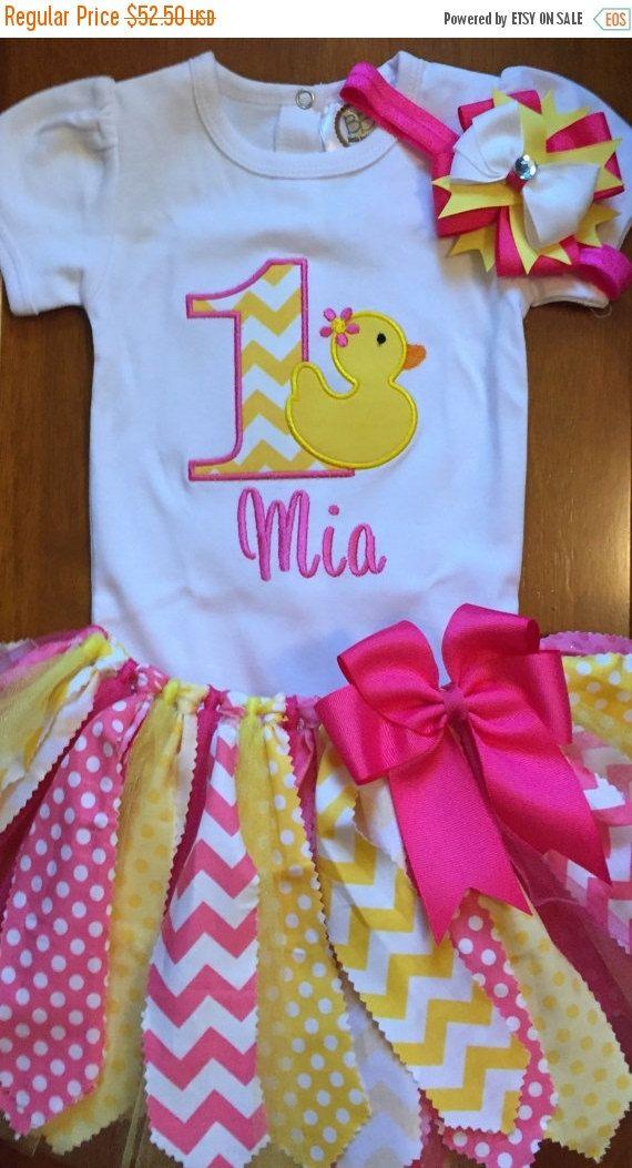 OP verkoop roze en gele Rubber Ducky verjaardag door ScrapHappyTutus
