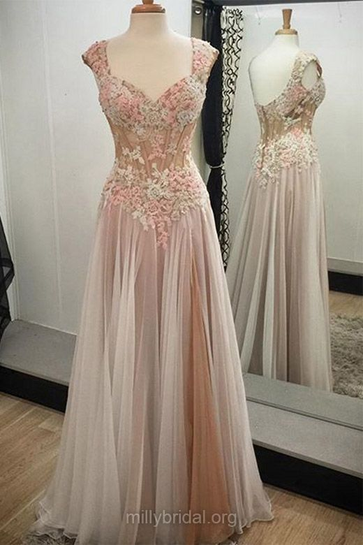 Noble Lace Long Prom Dresses,A-line V-neck Evening Dresses, Tulle with Appliques Formal Party Gowns
