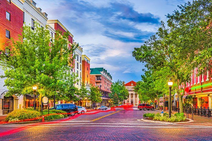 2018 Top 100 Best Places To Live 38 Gainesville Fl College Students In Gainesville Have Access To A Pai Best Places To Live Gainesville Gainesville Florida