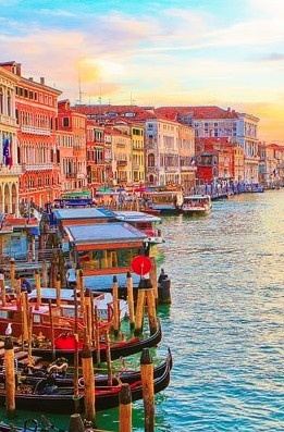 Grand Canal in Venice, Italy • photo: kevin & amanda