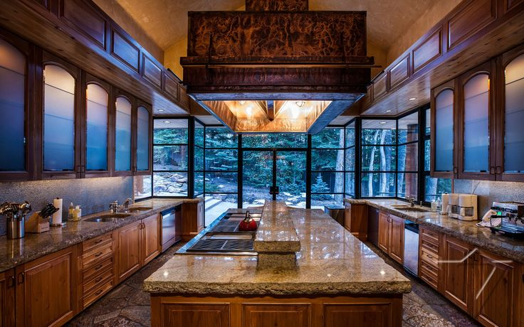 http://www.ikh.villas/en/rentals/serenity-knows-no-bounds-at-this-very-private-aspen-estate
