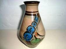 DANICO vase H: 17 cm D: 9 cm. År/year 1919-29. Sign: DANICO 103. #Danico #vase #Danish #ceramics. SOLGT/SOLD.