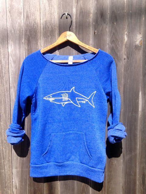 Schwimmen in den tiefen Ende Sweatshirt Shark von nicandthenewfie