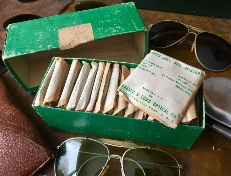 Complete box of replacement WW2 AN-6531 aviator sunglass lenses in their original USN packing box. 24 pairs in total, all in mint condition. Manufactured by bausch & Lomb. From my (Seahawks) personal collection.   Follow me on eBay for glasses and parts under the seller name schutzenfest42