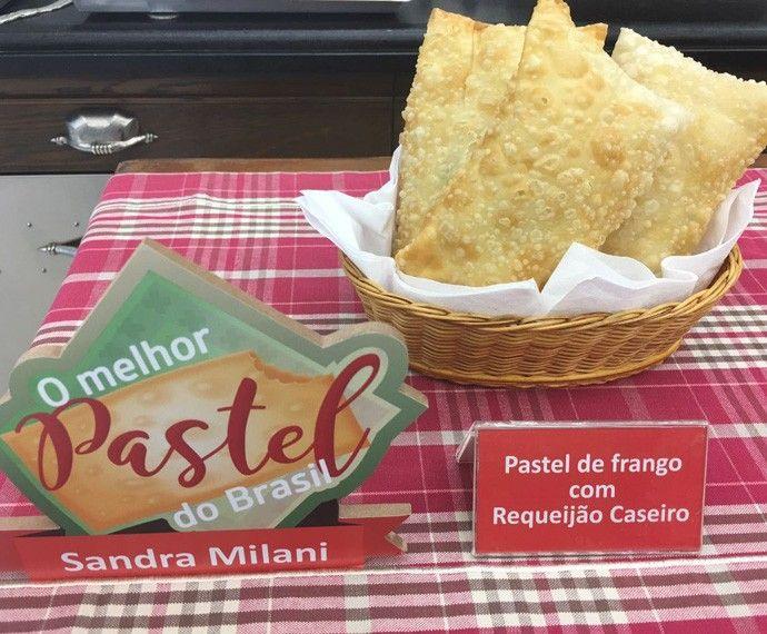 Pastel de Frango com Requeijão Cremoso  | Pães e salgados > Pastel | Mais Você - Receitas Gshow