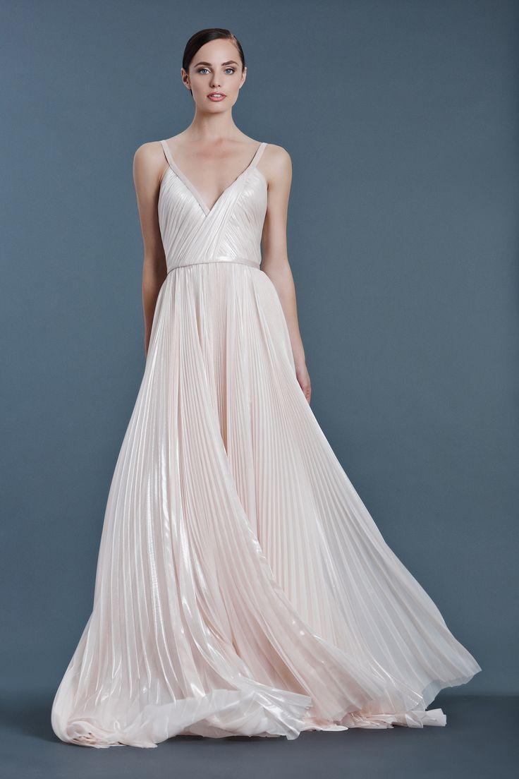 Simply stunning! Best in Bridal: Fall 2016  - HarpersBAZAAR.com