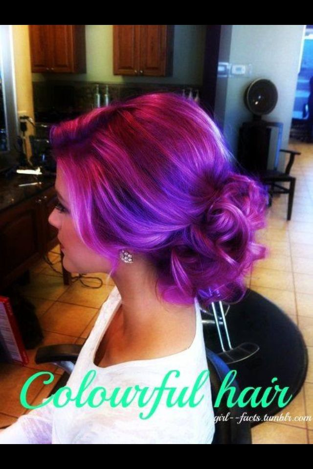 I like to make my Colorful hair Classy not trashy,no emo/scene kid style..yuck.....this is a perfect example of how it's done RIGHT.