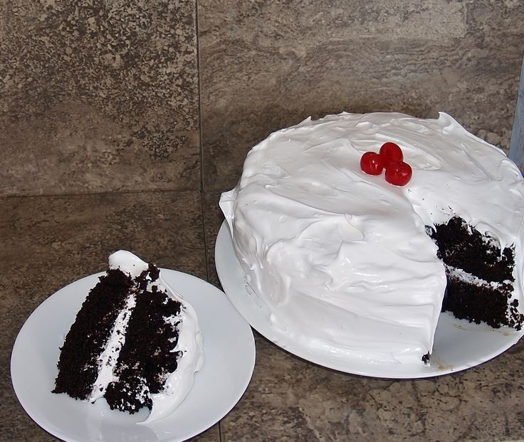 Classic Devil's Food Cake with 7 Minute Icing - Kelli's ...
