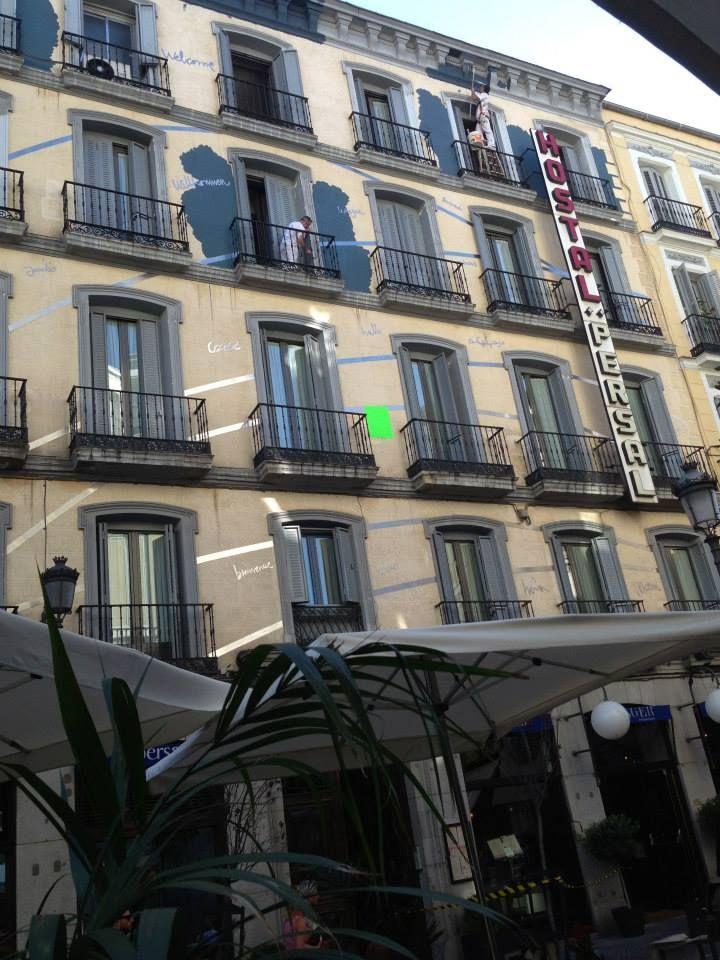 Fachada hostal en Madrid   Hostal Persal