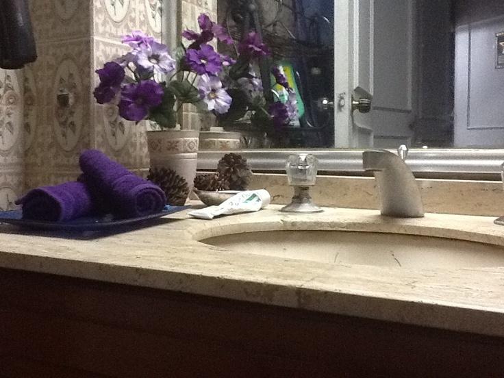 Bathroom Decor In Purple : Purple bathroom decor upstairs