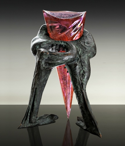 "Jaromir Rybak ""Hatteria"",1996. Bronze, cast, cut and polished glass,   60x95x50 cm (24x37x20 inches)."