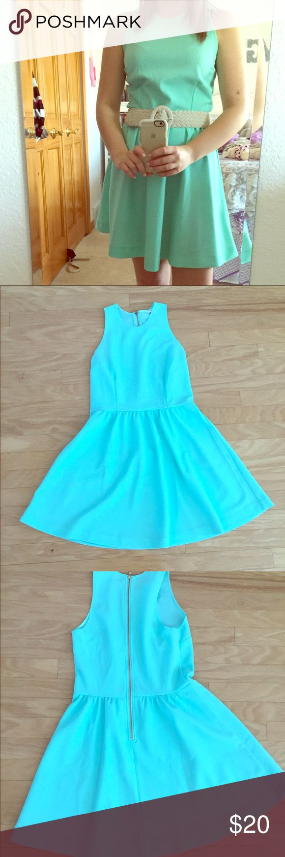 Mint dress! Beautiful mint colored dress (more mint green than mint blue). Can add a belt and prefect for many different occasions! Charming Charlie Dresses Midi