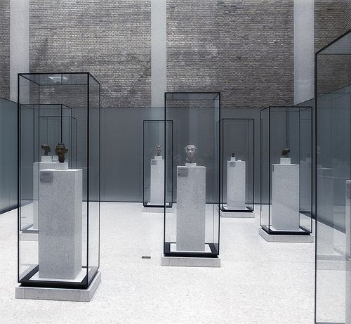 David Chipperfield #display #exhibition #retail