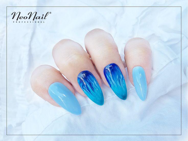 """Zdobienie Aquarelle / Niebieskie paznokcie hybrydowe / NeoNail / <a href=""""https://www.neonail.pl/katalog/zele-hybrydowe-uv/kolekcja-aquarelle/"""">Zobacz kolekcję Aquarelle</a>"""