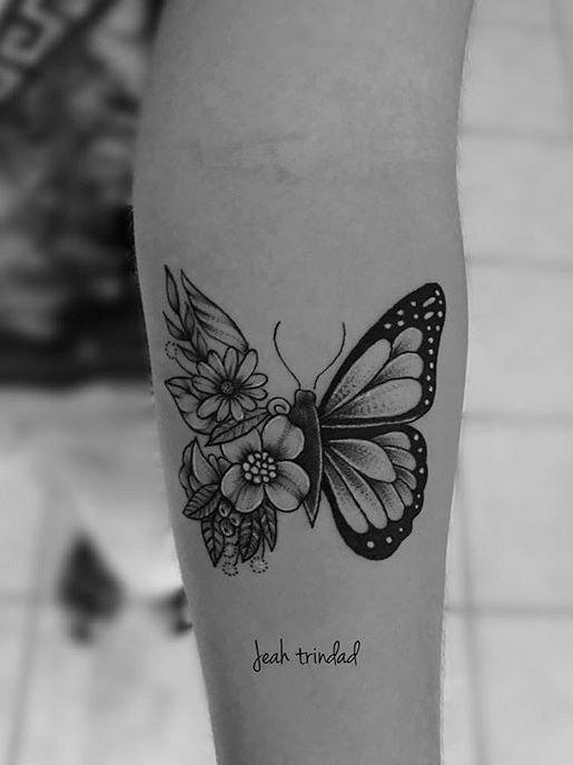 Schmetterling + Blumen #Sleevetattoos – Terina Wisdom – #TattooWomen – Schme …