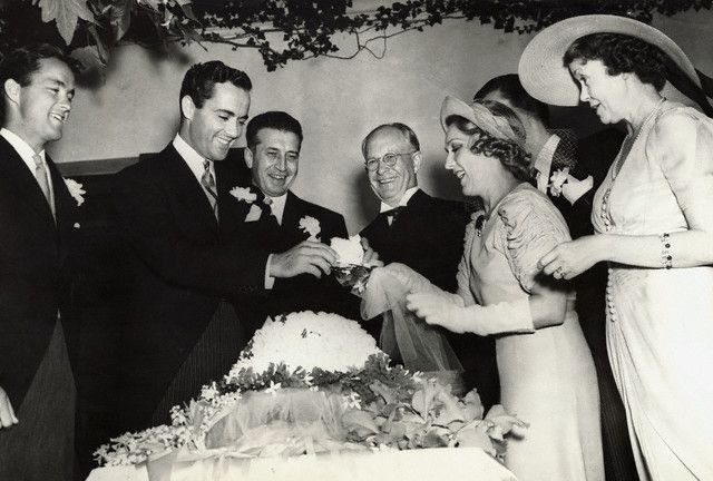 Mary Pickford and Charles Buddy Rogers on their wedding day in 1937