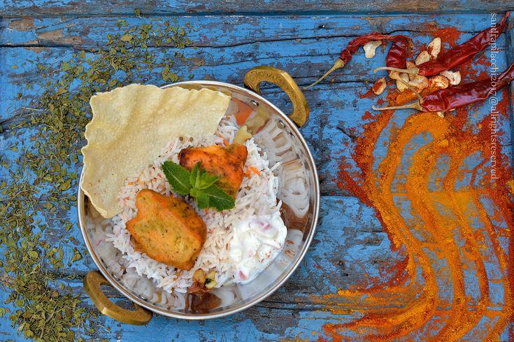 capita che ho avuto la fortuna di poter fotografare i piatti del primo food truck indiano d'Italia  NURA  capita che questi due ragazzi, Bansheer e Tiziano, e le loro famiglie sono di Pontas
