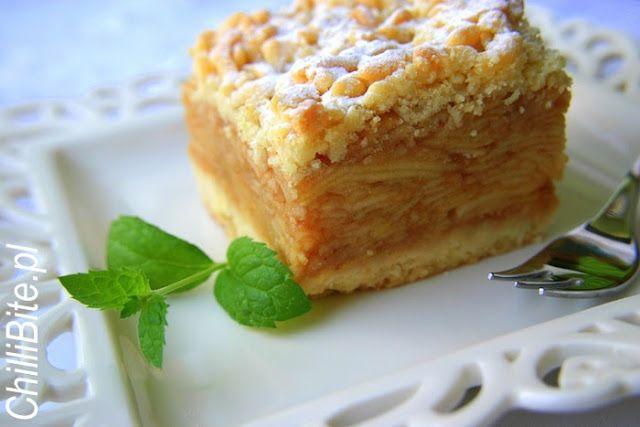 ChilliBite.pl - motywuje do gotowania! Świetne przepisy, autorskie zdjęcia i dobra energia :): Szarlotka tatrzańska - oryginalny przepis