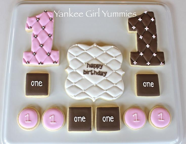 One birthday set - tufting. Cookies by Yankee Girl Yummies