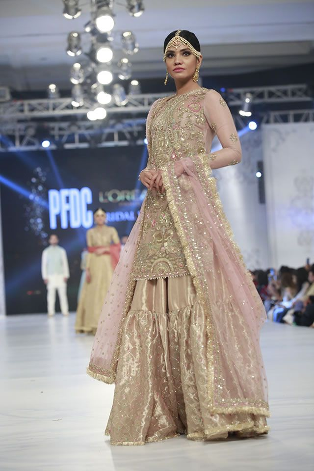 Designer Zara Shahjahan Dresses Loreal Paris Bridal Week 2016 Images