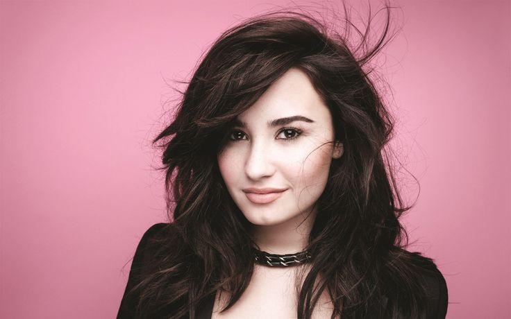 Demi Lovato se muestra muy sexy en su nuevo vídeo musical.
