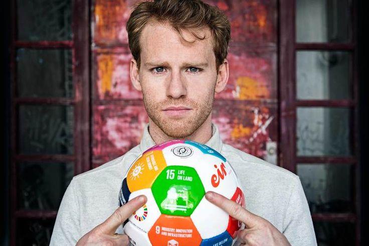 Cyron_Melville #eirsoccer #globalgoals #un #fn #ambassador #portrait #girlssoccer #actor #climatechange