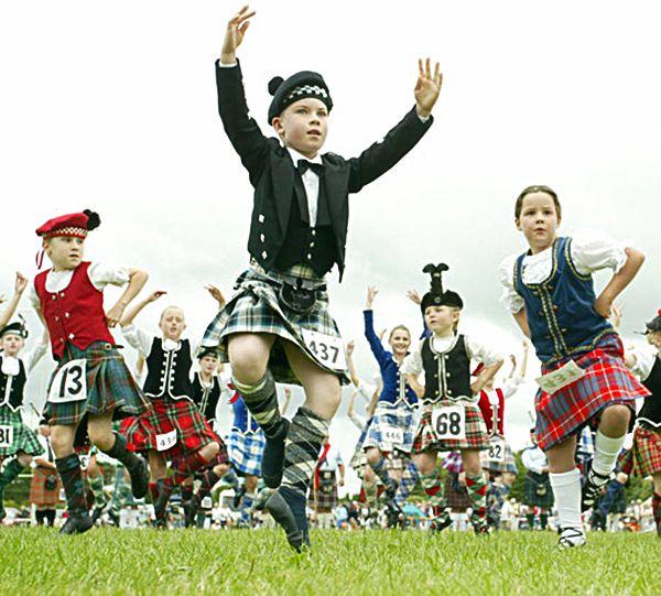 Highland Fling, Waipu Highland Games, 2005.