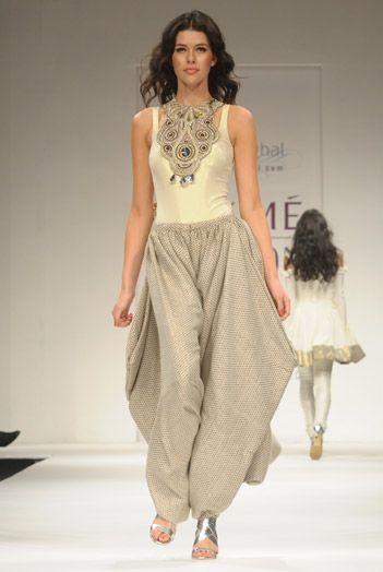 Gia Tunic and Dhoti @ http://www.PayalSinghal.com/collection/PS-FW013a0.jpg Cream Lurex Tee with Brocade Cowl Pants, seprate Crystal encrusted Necklace Rs 47,500