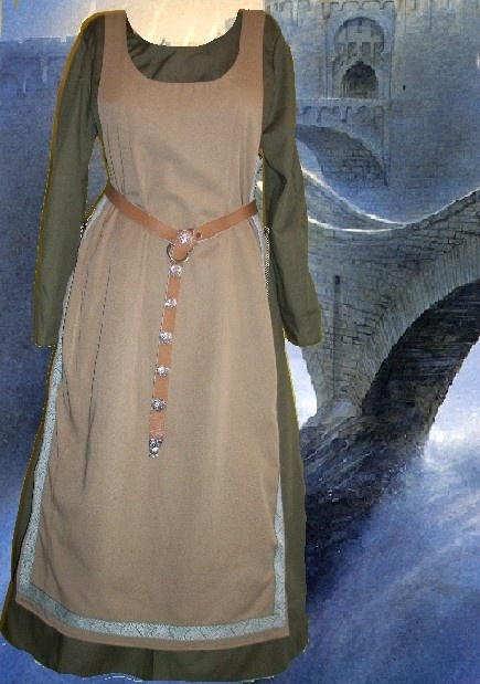 SCA Garb Medieval Renaissance Costume Cameltone Ankle Length Side Lacing Tabard Over Forest Green Kirtle Undergown