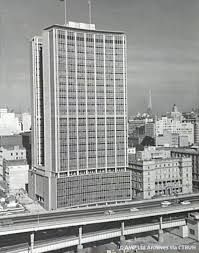 I remember going to the top of the AMP building in the 60's.It was then the tallest building in Sydney .It is now dwarfed by other buildings.