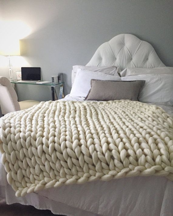 Knitting Pattern Chunky Wool Blanket : 1000+ ideas about Chunky Knit Blankets on Pinterest Blankets, Chunky blanke...